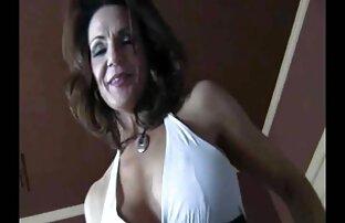 Người vợ trắng với cổ áo và xxx video vn dây xích. Lần đầu tiên BBC
