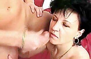 Anh ấy phát hiện xxx vn video cô ấy đang liếm âm hộ của mẹ anh ấy