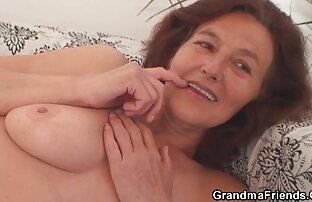Busty Ấn sex x viet nam Độ Aunty phát hành cô ấy của đối tác CUM trên ngực
